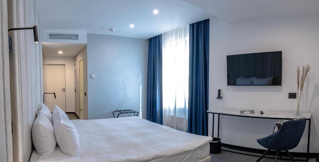 Union Plaza Hotel - Superior Double Room